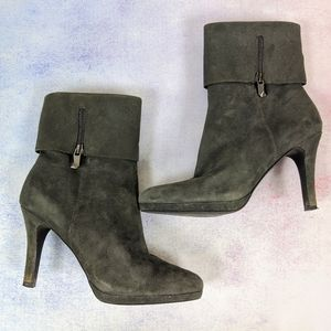 Tahari Gabe Dressy Booties in Gray Suede